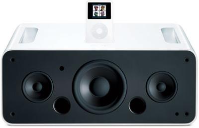 果电脑2月28日推出iPod Hi-Fi数字音响系统,大约349美元,并可以用 D 号电池运作,也能以 AC 电源供电。同时还推出了ipod价值99美元的皮套。标志着苹果将要大举进攻 iPod 周边配备市场。
