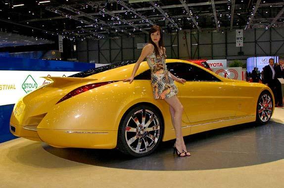 意大利Stola公司在本届日内瓦车展推出了一款另类的大型豪华Coupe概念车。该车搭载一台经过Brabus改装后的奔驰发动机,6.3升双涡轮增压V12发动机最大输出功率和扭矩分别达到750 bhp和1360 Nm,最高时速可达330 Km/h。