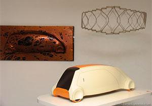 英国伦敦皇家艺术学院 (RCA) 交通工具设计方向的一年级研究生们于2005年12月参加了一项名为PLASTicon 的合作项目。项目已经于2006年5月展出,在这项历时三个月的活动中,他们用塑料设计未来的汽车并制作出汽车原型。