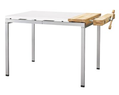 瑞典设计师Thomas Bernstrand家居用品设计,现任bernstrand & co设计总监。餐桌 2005瑞典年度产品奖 宜家生产转椅 2005科隆家具展大奖