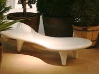 2009科隆国际家具展(Imm Cologne 2009)上,来自超过50个国家的1200多家企业将到场展示其最新的各类家具用品。为提供一个更为理想的展示环境,Imm Cologne将其展品进行了分区安排,以便于买家和观众根据其需求对观展路线进行