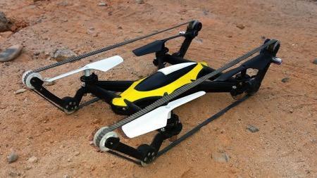 相比于我们介绍过的带有轮子的四旋翼机,此架四旋翼机则升级成为履带配置,在砂石起伏路面上如履平地,速度更是有明显提升,预售价55美元起,还有摄像头等高级装备可供选择。