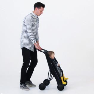由瑞典设计师 Lycke von Schantz 设计的自行车后座与婴儿推车两用的Påhoj,鼓励父母少开车多骑车,锻炼身体的同时为环保带来贡献