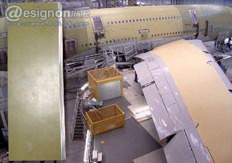 <br /> 01——GlareGlare(意指亮而平滑)是一个行业用语,它是指由薄铝片和环氧玻璃纤维结合在一起碾压得到的金属纤维制品,这种高科技材料是由荷兰代夫特科技大学开发的,并且已经应用于空中客车A380的表面材料。<br /> 02——